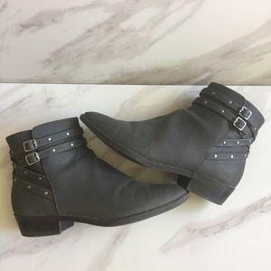 CHAPS Shauna Distressed Gray Faux Nubuck Boots
